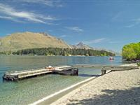 Lake Wakatipu Jetty - BreakFree The Point